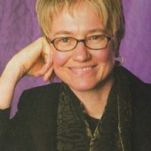 Carol Gulyas | Movers & Shakers 2003