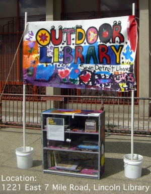 Lincoln Library outdoor library