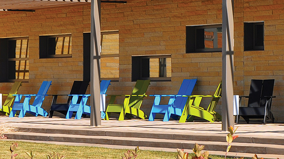 ljx120502lbdwebpicLolling Librarians Pick Their Favorite Outdoor Furniture and Art from Recent Building Projects | Library by Design