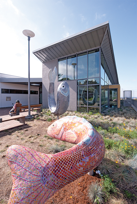 ljx120502lbdwebpicScaling Librarians Pick Their Favorite Outdoor Furniture and Art from Recent Building Projects | Library by Design