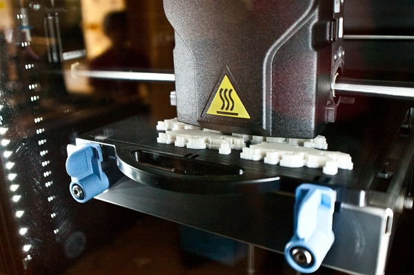 3D Printer at U. Nevada. Photo by Nick Crowl.