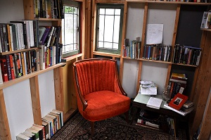 Cottageinterior Indianapolis Microlibrary Is on the Move