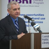 Senator Reed speaks about workforce investment at a Rhode Island library