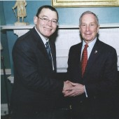 Alicea in 2009 with Mayor Bloomberg_square