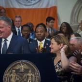 Mayor Bill de Blasio Announces Fiscal Year 2017 Budget  Agreement with Speaker Melissa Mark-Viverito and Council Members, City Hall, New York.  Wednesday, June 8, 2016.   Credit: Ed Reed/Mayoral Photography Office.
