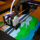 University of Oregon Science Libraries Back Up Fossils with 3D Printer